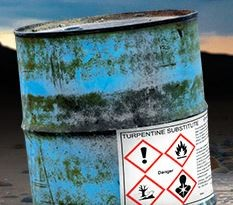 Etiketten-drucken-f-r-chemische-Gefahreng-ter-mit-OKI